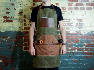 10 Best Woodworking Aprons- Reviews and Buying Guide