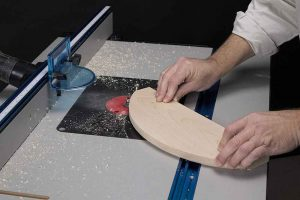 8 Best Router Tables: Reviews and Buying Guide
