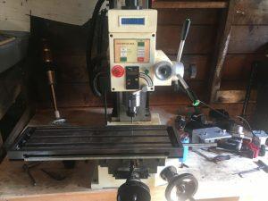 SHOP FOX M1111 Table top milling machine View 2